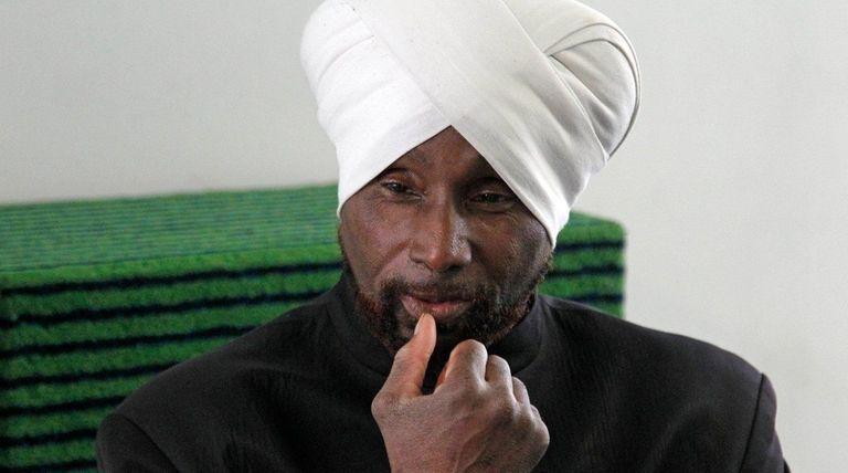 Isa Abdul Kareem, imam of the Ta-Ha Masjid