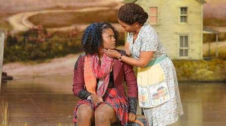 Shanice Williams as Dorothy, left, and Stephanie Mills