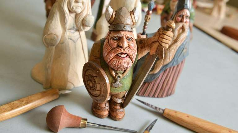 A variety of Viking figures, including two that