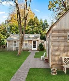 This North Haven home, on the market for
