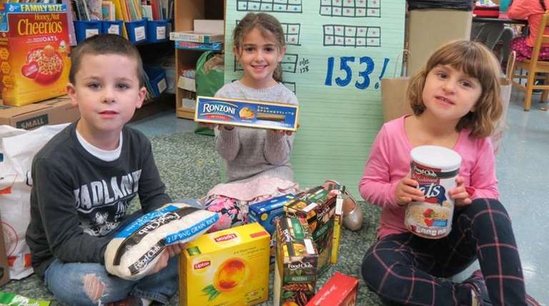Sag Harbor Elementary School students collected food for