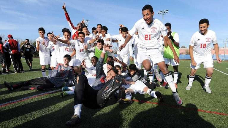 Amityville players after winning the 2015 state Class