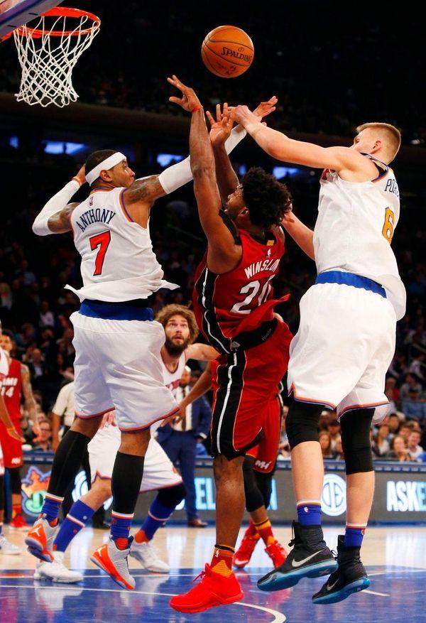 Carmelo Anthony #7 and Kristaps Porzingis #6 of