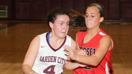 Garden City's Kerry McCarraher, who had 13 points