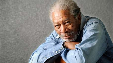 FMorgan Freeman poses for a portrait in 2011