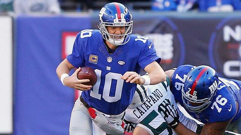 Eli Manning #10 of the New York