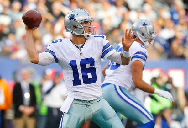 The Cowboys' Matt Cassel throws a pass against