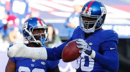Jason Pierre-Paul #90 of the New York