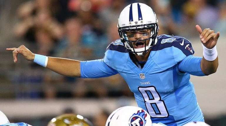 Marcus Mariota #8 of the Tennessee Titans