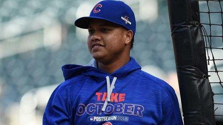 Chicago Cubs shortstop Starlin Castro takes batting