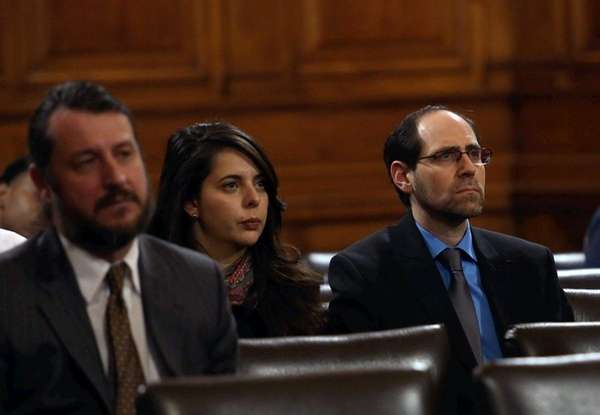 Jesse Friedman, right, at a hearing in the