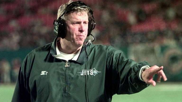 New York Jets coach Bill Parcells directs