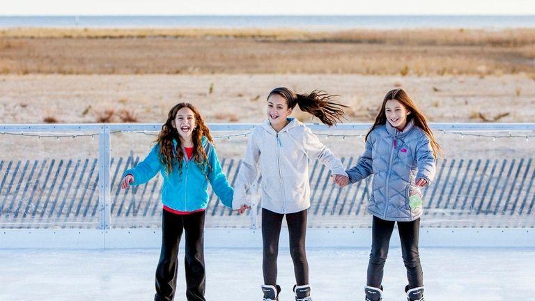 Gabriella Barberio, 10, Isabella Surace, 10, Olivia Gonsowski,10,