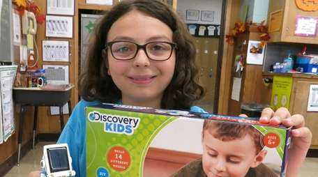 Kidsday reporter Lily Di Benedetto reviewed the Solar