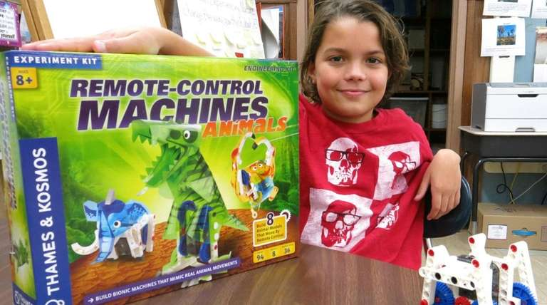 Kidsday reporter Christopher Falcone Remote Control Machines --