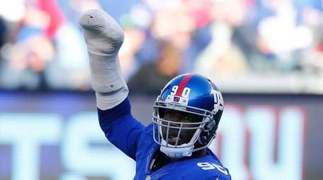 Jason Pierre-Paul and the Giants have a must-win