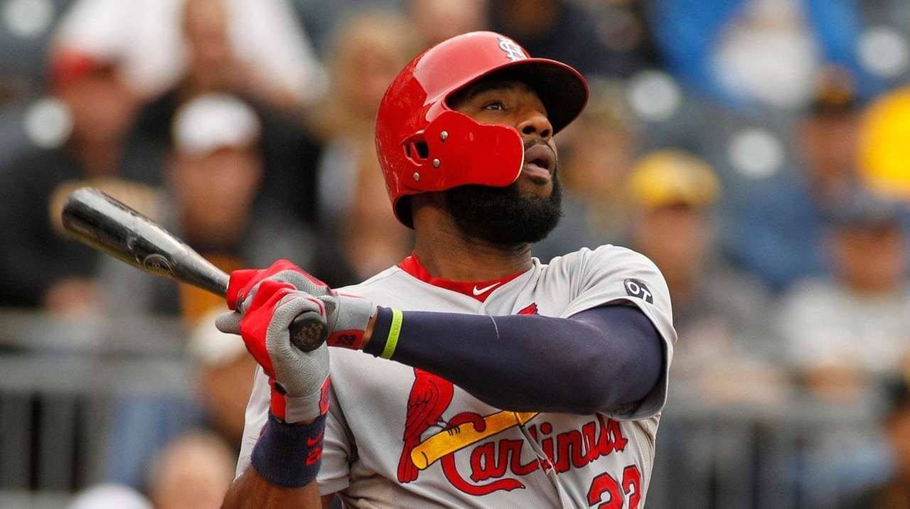Jason Heyward left the Cardinals but is staying