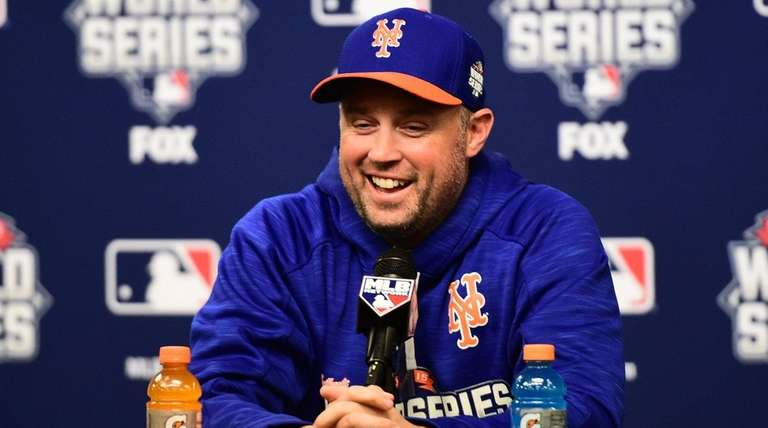 New York Mets leftfielder Michael Cuddyer speaks to