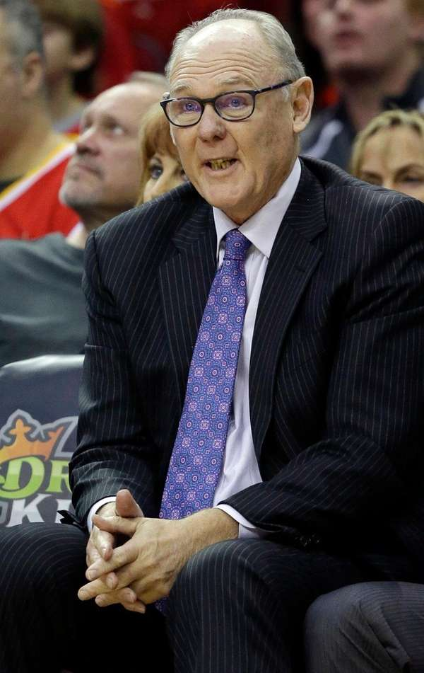 Kings coach George Karl sees Carmelo Anthony as