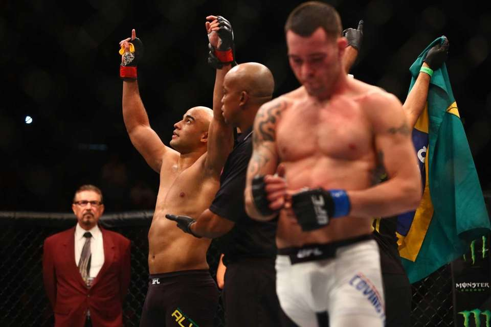 WelterweightWarlley Alves defeatedColby Covington in the first roundat