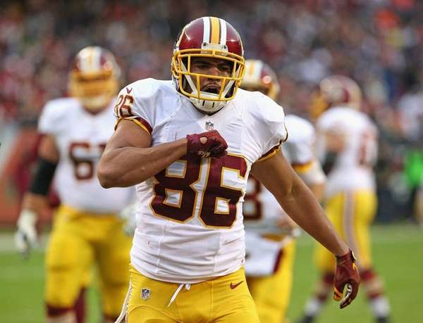Jordan Reed of the Washington Redskins celebrates after