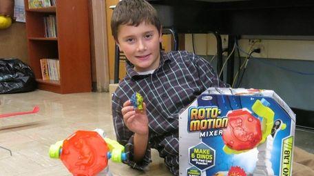 Kidsday reporter Giulio Rasi tested the Roto-Motion Mixer