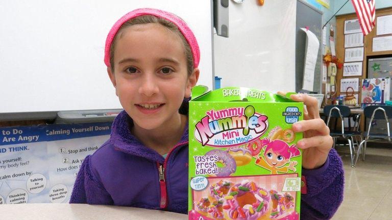 Kidsday reporter Sara Ghaly reviewed Yummy Nummies Mini