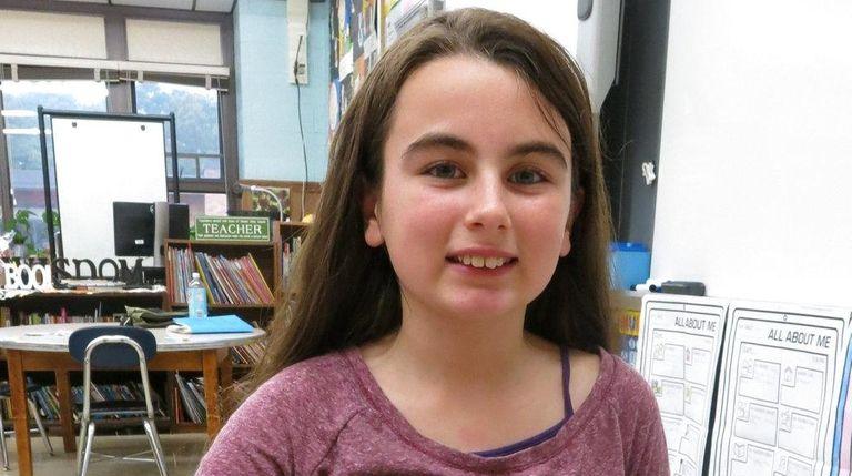 Kidsday reporter Nicole Sperounis reviewed the Roominate Amusement