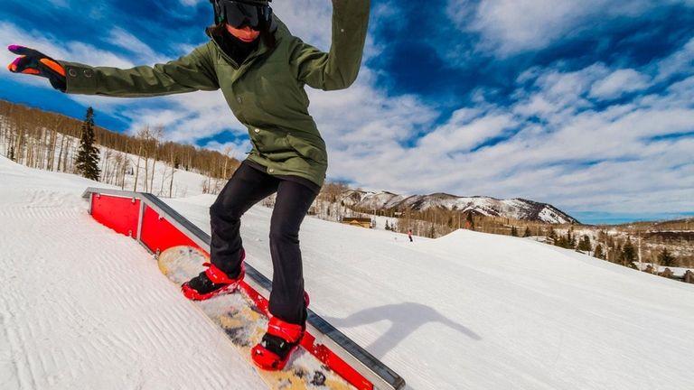 Snowboarding, Snowmass Terrain Park, Snowmass (Aspen) ski resort,