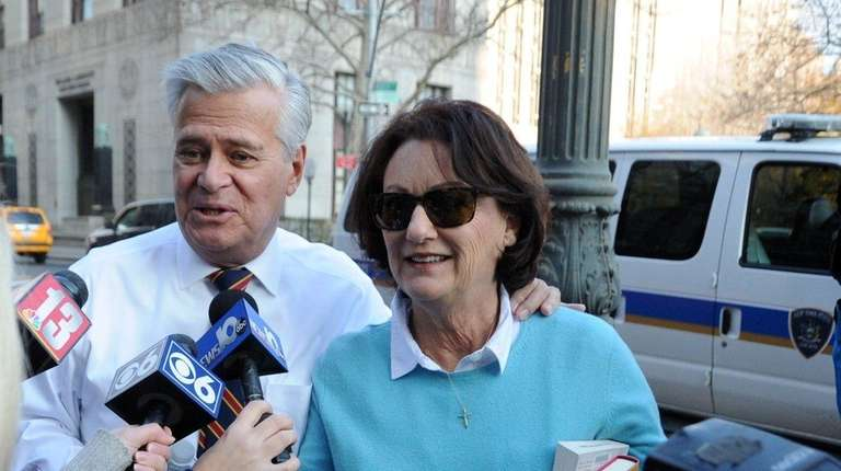 Dean Skelos and his wife Gail arrive at