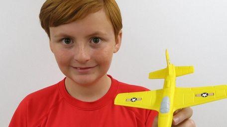 Kidsday reporter Sean Gowen reviewed Aeromax's Aerobatic Foam