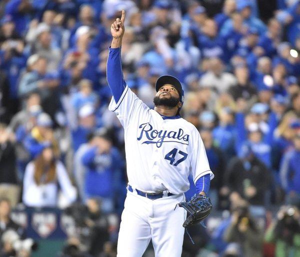 Kansas City Royals starting pitcher Johnny Cueto