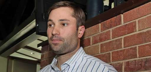 Newly acquired second baseman Neil Walker speaks to