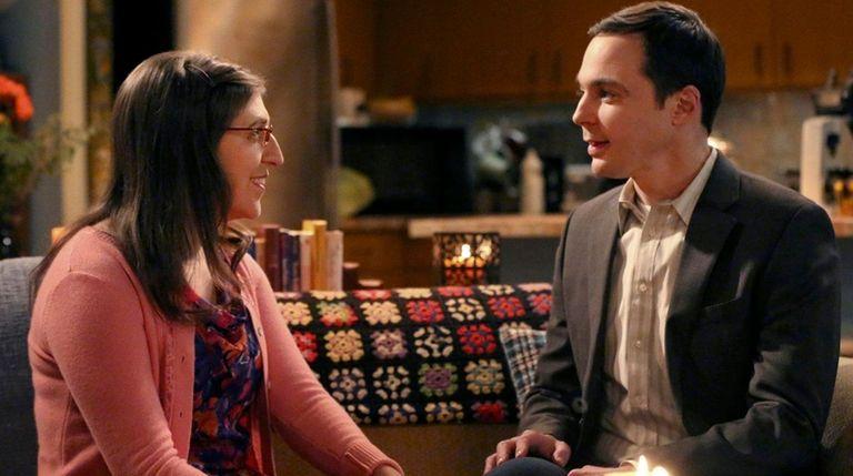Amy (Mayim Bialik) and Sheldon (Jim Parsons) prepare