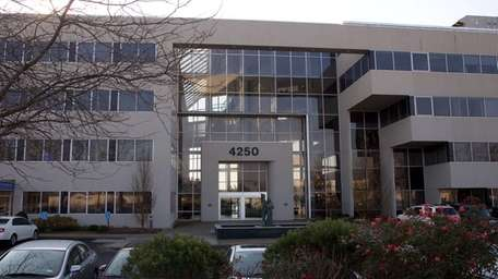 MacArthur Plaza, a commercial office building on Veteran's