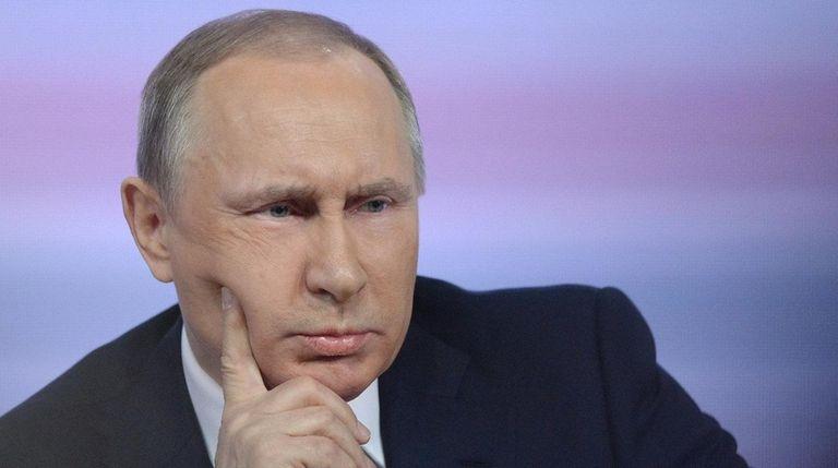 Russian President Vladimir Putin holds his annual