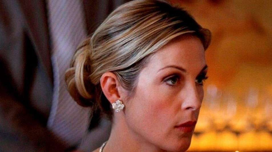 Kelly Rutherford appears in a scene from the