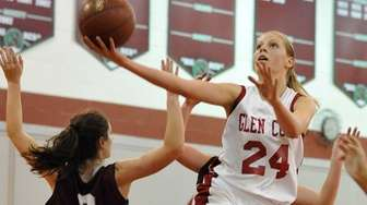 Grace Brady #24 of Glen Cove drives to