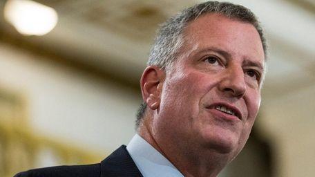 New York City Mayor Bill de Blasio plans