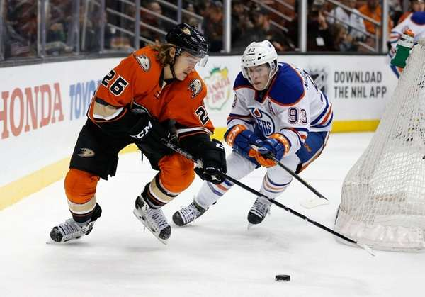 Carl Hagelin #26 of the Anaheim Ducks