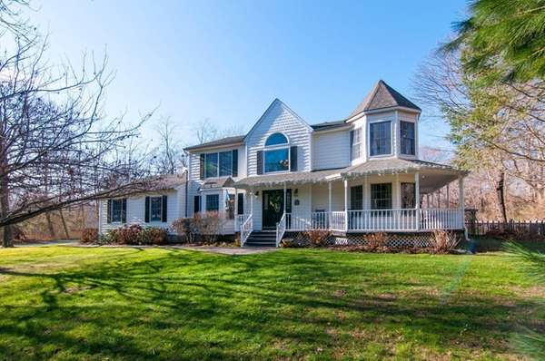 Richard and Christine Finder are listing their East