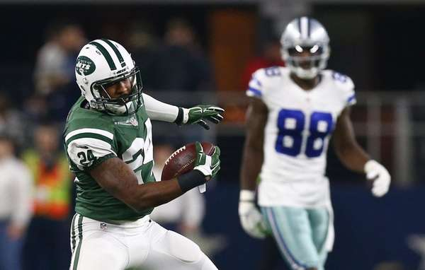 Jets' Darrelle Revis will face former Patriots teammate