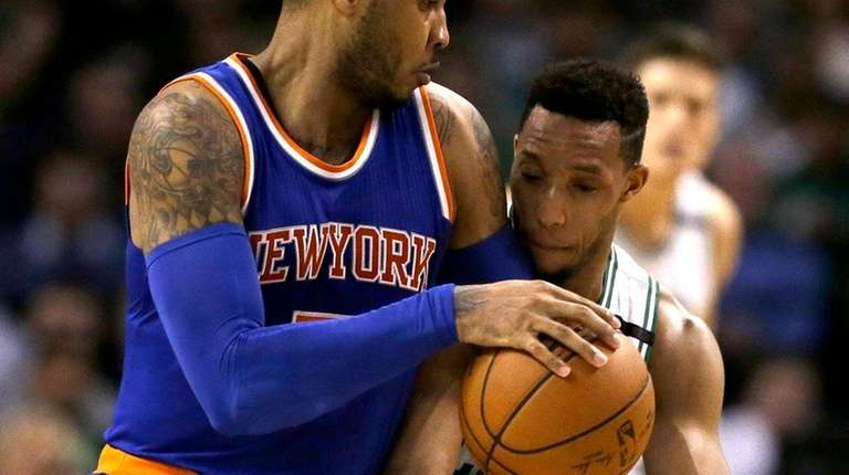 Knicks' Carmelo Anthony vies for control of the