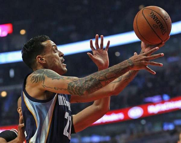 Matt Barnes #22 of the Memphis Grizzlies goes
