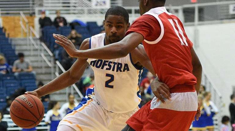 Hofstra's Ameen Tanksley, who shot 2-for-9 and had