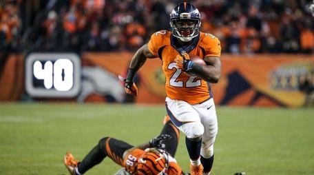 Running back C.J. Anderson #22 of the Denver