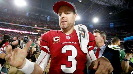 Arizona Cardinals quarterback Carson Palmer (3) stands at