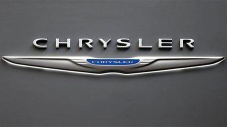 Fiat Chrysler Automobiles is recalling nearly 450,000 SUVs