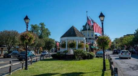 Amityville officials are giving developers more time