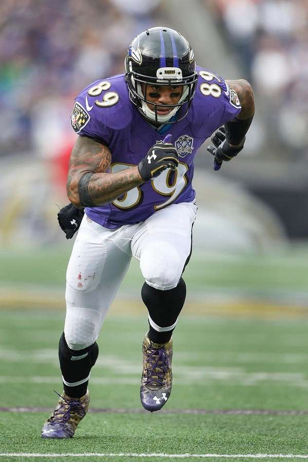 Baltimore Ravens wide receiver Steve Smith (89) runs